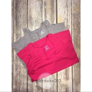 Women's Brooks running tanks, size XS